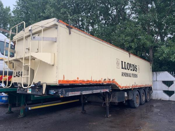 UNITED TRAILERS TIPPER/BLOWER
